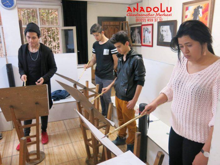 Kayseride Anadolu Güzel Sanatlarda Modelden Desen Çizimleri