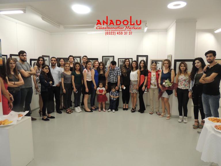 Kayseride Anadolu Güzel Sanatlarda Güzel Sanatları Kazananların Sergileri