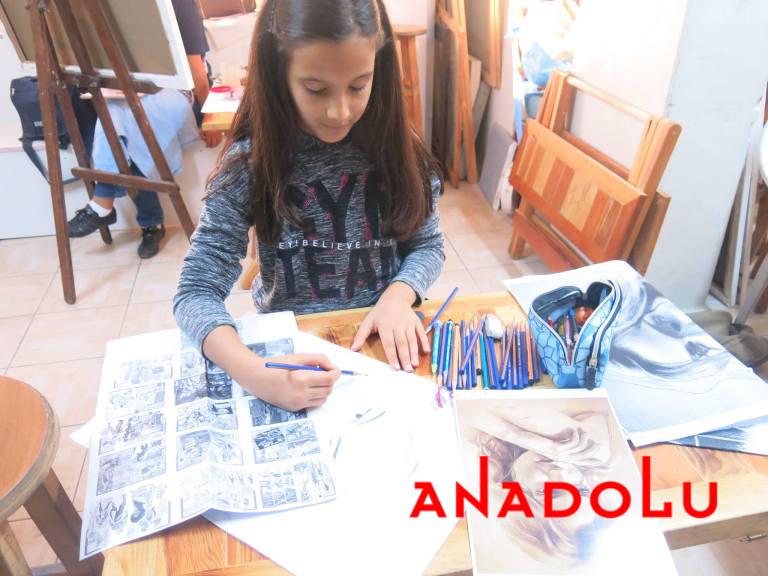 Çocuk Grupları Karakalem Potre Çizimleri Çukurovada