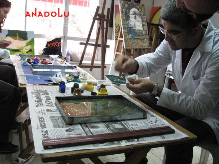 Kayseride Yetişkinlerle Ebru Kursları